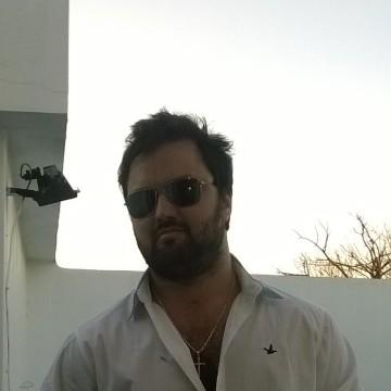 Pablo Decartago, 33, Montevideo, Uruguay