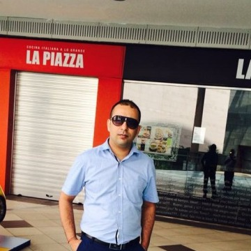 Rada, 31, Valencia, Spain