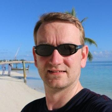 Christian, 42, Frankfurt am Main, Germany