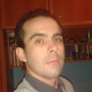Santiago Gomez Herrero, 35, Zaragoza, Spain