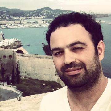 Erhan, 30, Bursa, Turkey