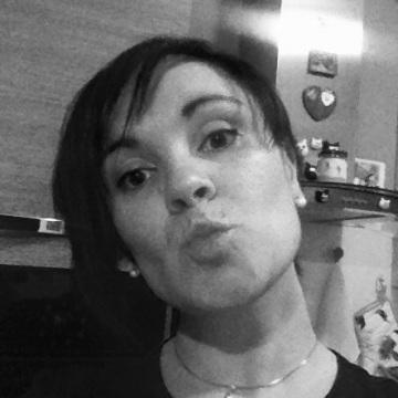 EM MA, 35, Varese, Italy
