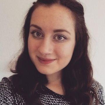 Katharina Mes, 23, Siegen, Germany