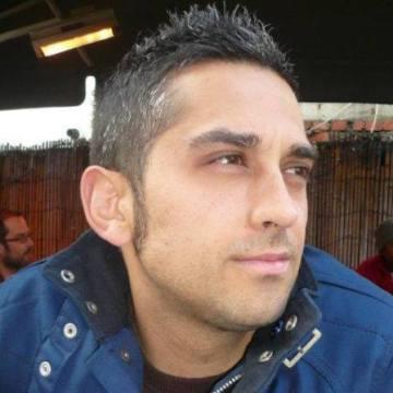 Rubén Cumbreño, 35, Madrid, Spain