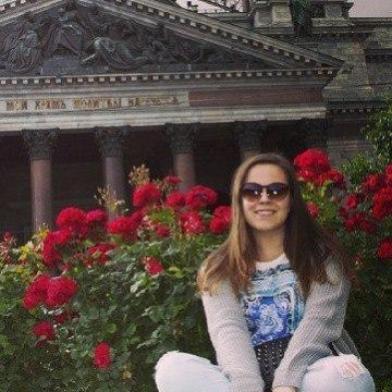 Марина, 20, Saint Petersburg, Russia