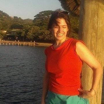 Macarena, 37, Quito, Ecuador