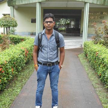Ashutosh Chaurasiya, 26, Kolkata, India