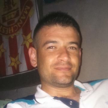 Mesut Demirci, 31, Istanbul, Turkey