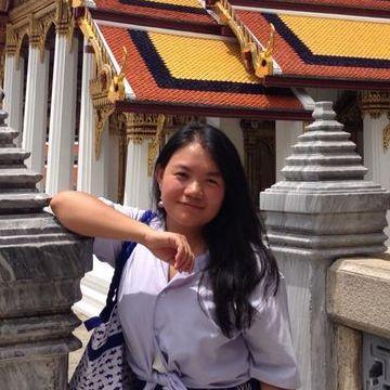 Yuanyuan, 34, Genova, Italy