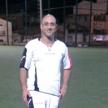 Daniele Famà, 33, Modena, Italy