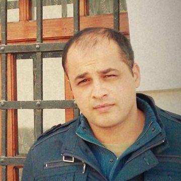 Ercan, 34, Izmir, Turkey