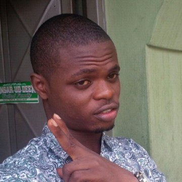 mahruph, 26, Lagos, Nigeria