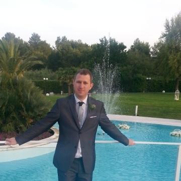 GIUSEPPE, 44, Bari, Italy