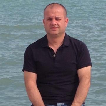 Aytaç Gerede, 42, Istanbul, Turkey