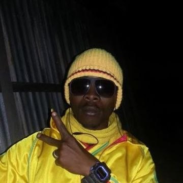 Issaka Sawadogo, 31, Ouagadougou, Burkina Faso