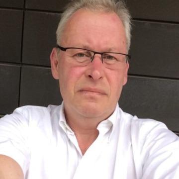 Bryndavc, 57, Manchester, United Kingdom
