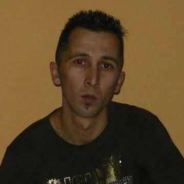 Beni Muntean, 33, Almeria, Spain