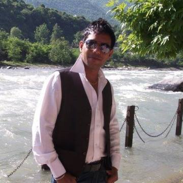 Harry Toora, 36, Ludhiana, India