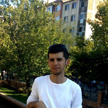 Ersin Perim, 29, Edirne, Turkey