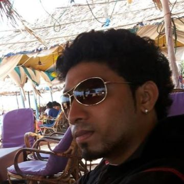 ROHIT LAWRENCE NAZARETH, 25, Dubai, United Arab Emirates