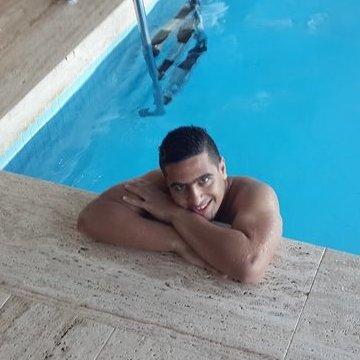 Bahaa Al-Zetawi, 22, Istanbul, Turkey