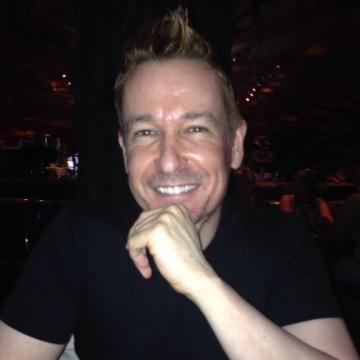 Stev, 43, Miami Beach, United States