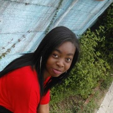 Elizabeth, 19, Gweru, Zimbabwe
