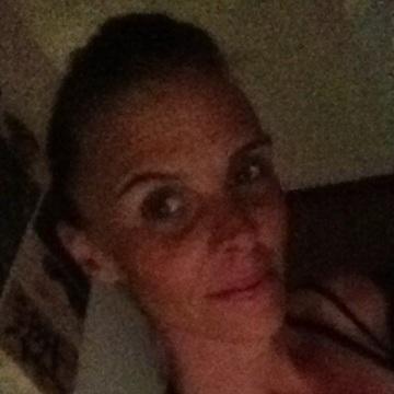ally, 41, Brisbane, Australia