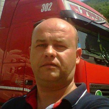 Ovydyu Koly, 38, Torino, Italy