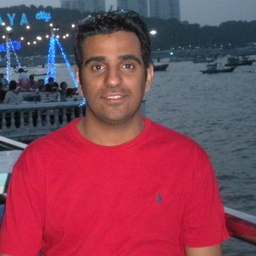 Khalid, 30, Dubai, United Arab Emirates