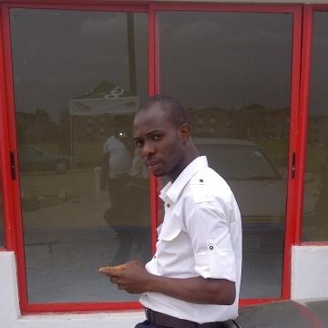 INNAKA, 37, Lagos, Nigeria