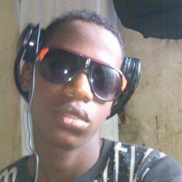 alhagie, 20, Basse-Santa-Su, Gambia