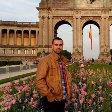 jose, 29, Madrid, Spain