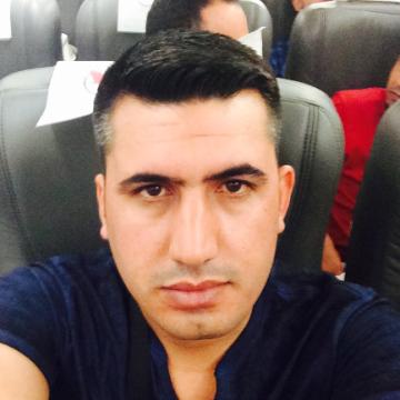 Ferman, 30, Istanbul, Turkey