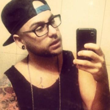 Maximiliano, 29, Barcelona, Spain