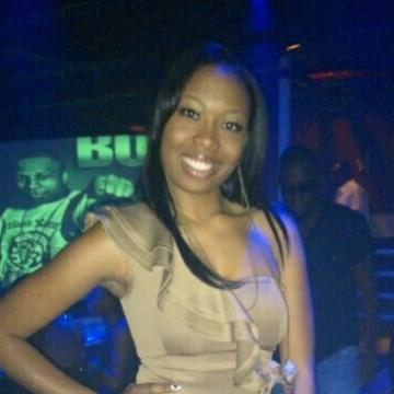 Paula N Belle, 29, Douala, Cameroon