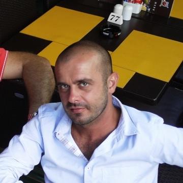 giuseppe, 40, Bari, Italy