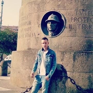 Bog Dan Buzatu, 29, Rome, Italy