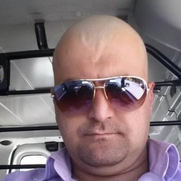 Serdal Yavuz, 39, Antalya, Turkey