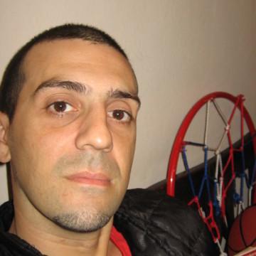 Dario Duarte, 42, La Plata, Argentina