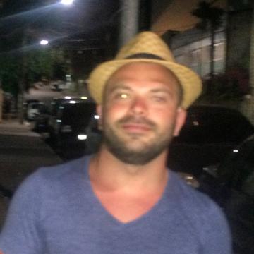 Graziano, 30, Caserta, Italy