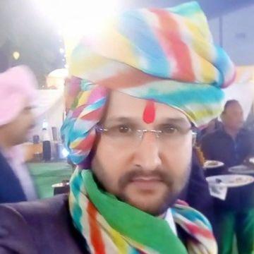 Tiwari Brijesh, 34, Lucknow, India