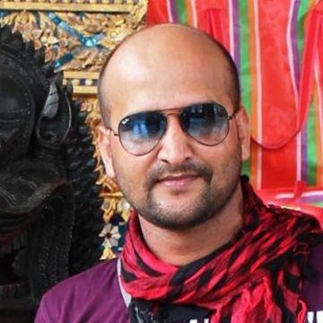 Tiwari Brijesh, 35, Lucknow, India