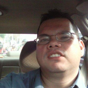 Carlos Delgado, 37, Bogota, Colombia