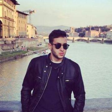 ayoub, 23, Pisa, Italy