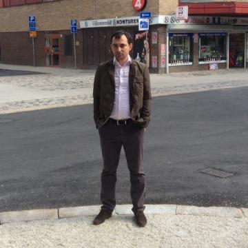 Sandrinio, 34, Gavle, Sweden