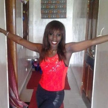 layla, 31, Dakar, Senegal