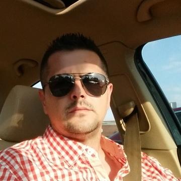 Boy Yoe, 38, Chicago, United States