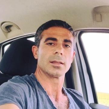 Cihangir Ildiz, 37, Istanbul, Turkey