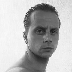 Dennis Okanovic, 34, Rotterdam, Netherlands